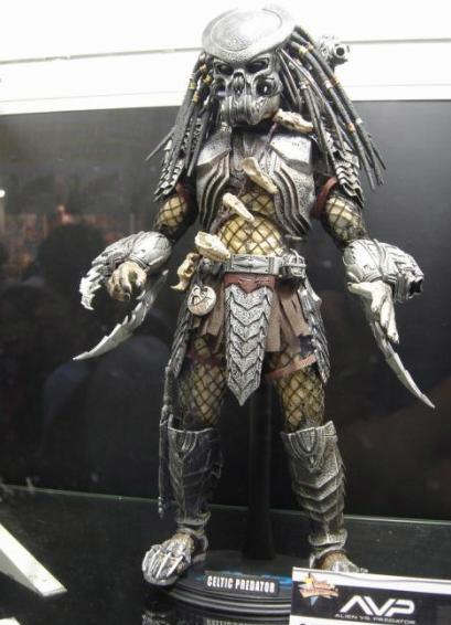 Hot Toys 1/6 Scale AvP Celtic Predator - Sample 1